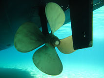 Lames d'un rotor de vitesse de moteur de bateau, partie antérieure Photographie stock