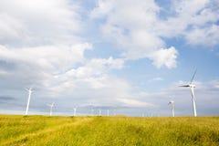 Lames de vent sur les collines douces Photographie stock libre de droits