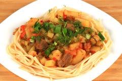 Lamian è un piatto nazionale centroasiatico Immagini Stock Libere da Diritti