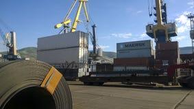 Lamiere di acciaio acciambellate nei rotoli Acciaio dell'esportazione Imballaggio dello stee Immagini Stock Libere da Diritti