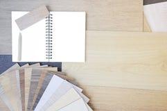 Laminato di legno dei campioni di struttura e di colore Fotografia Stock Libera da Diritti