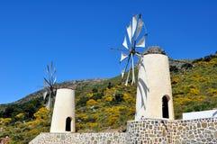 Laminatoi di vento in Crete immagini stock