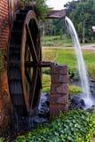 Laminatoio di acqua di legno Immagine Stock