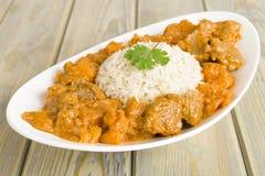 Lamm-und Süßkartoffel-Erdnuss-Eintopfgericht Stockfoto