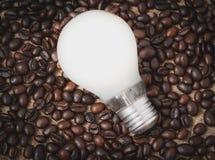 Lamp en koffiebonen Stock Fotografie