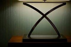 Lamp op de muurachtergrond Stock Foto's