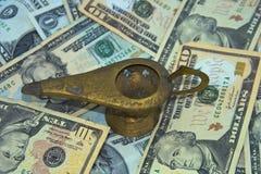 lampa stare pieniądze dżina Zdjęcia Royalty Free