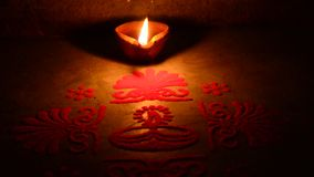 lampa zaświecająca zbiory