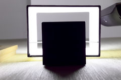 Lampada da parete moderna sulla parete. Fotografie Stock