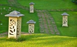 Lampada del cemento nel giardino Fotografia Stock Libera da Diritti