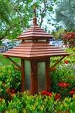 Lampada di legno del giardino Fotografie Stock