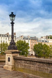 Lampada di via di Pont Neuf a Parigi Fotografia Stock