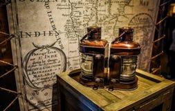 Lampada e grafico antico fotografia stock