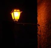 Lampada nello scuro Fotografia Stock Libera da Diritti