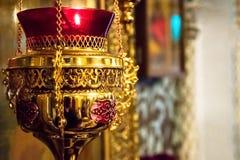 Lampada a olio sacrale ortodossa dell'icona immagine stock libera da diritti