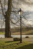 Lampada in un parco Fotografia Stock Libera da Diritti