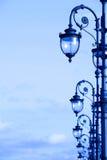 Lampade di via nello stile di art deco Fotografia Stock