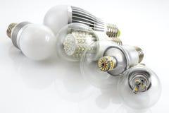 Lampade E27 del LED con una tecnologia differente del chip Immagini Stock Libere da Diritti