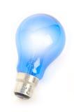 Lampadina blu dardore su bianco Immagini Stock Libere da Diritti