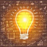 Lampadina con strategia di successo di affari del disegno Immagini Stock