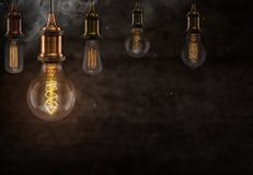 Lampadine d'annata di Edison su fondo scuro Fotografia Stock Libera da Diritti