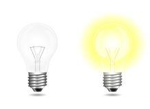 Lampadine della luce a incandescenza in funzione e a riposo isolate su bianco Illustrazione di Stock
