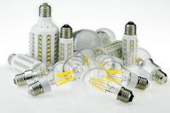 Lampadine di quantità E27 LED con le dimensioni ed il tipo differenti di chip, a Fotografia Stock