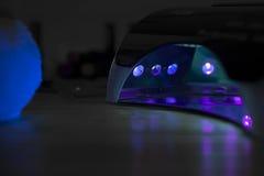 Lampanda紫外为重建钉子 免版税库存图片
