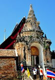 Lampang, Tailandia: Entrata a Wat Phra che Lampang Fotografia Stock Libera da Diritti
