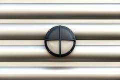 Lampasy na metal ścianie Zdjęcie Royalty Free