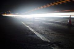 LampaTrails på motorväg Royaltyfria Bilder