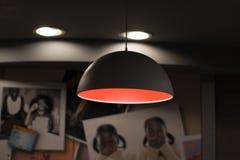 Lampe élégante pour la couleur claire Images libres de droits