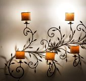 Lampe électrique antique de fleur Photos libres de droits