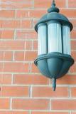 Lampe auf der Wand Lizenzfreies Stockfoto