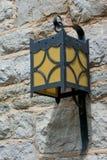 Lampe auf Stein Stockfoto