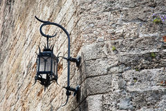 Lampe auf Wand Lizenzfreie Stockbilder