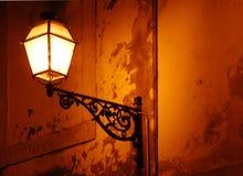 Lampe classique de cru à Lisbonne Photo stock