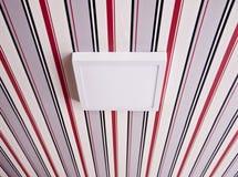 Lampe d'appareil d'éclairage sur le plafond rayé Images libres de droits