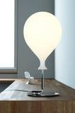 Lampe de bureau contemporaine photographie stock libre de droits