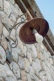 Lampe de fer faite main, avec des traces de rouille photos stock