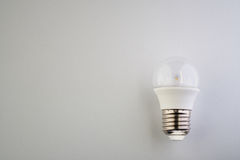 Lampe de LED avec l'ampoule claire photos libres de droits