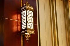 Lampe de mur en bronze photos stock