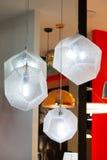 Lampe de plafond avec la nuance blanche Photos libres de droits