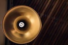 Lampe de plafond des ampoules intérieures photos stock