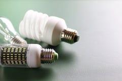 Lampe différente sur le vert Images stock