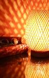 Lampe et livre photos libres de droits