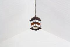Lampe et plafond blanc Image libre de droits