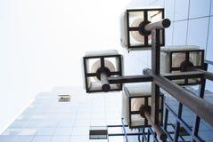 Lampe et un bâtiment ! Photographie stock
