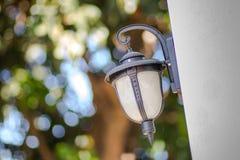 Lampe im Freien, Glühlampen Lizenzfreies Stockfoto