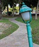 Lampe im Freien im Garten lizenzfreies stockfoto
